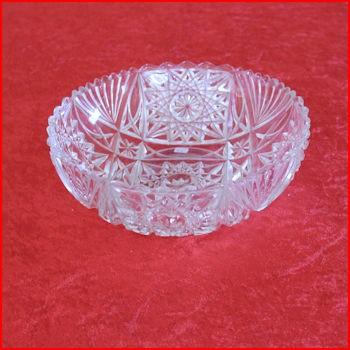 Glasskål med mønster fra loppemarked