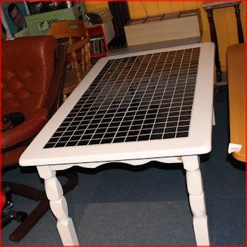 Sofabord med kakler