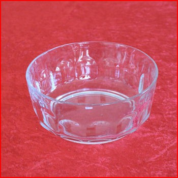 Stor klar glasskål fra loppemarked