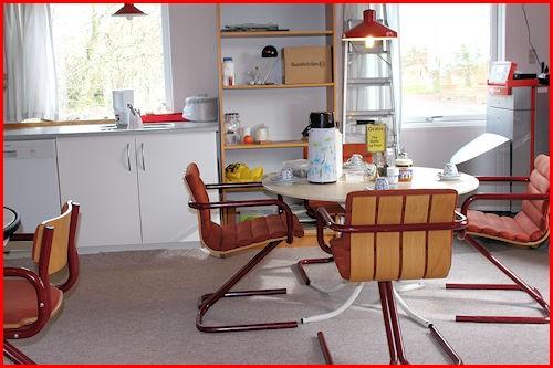 Cafe 32 og Lailas Loppemarked